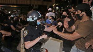 VIDEO SUA, în prag de război civil. Proteste violente și stare de asediu în mai multe orașe
