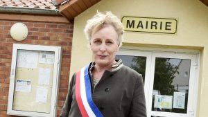 Primul primar transgender din Franţa a câştigat alegerile.