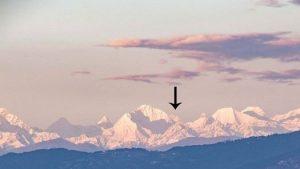 Muntele Everest e vizibil din Kathmandu pentru prima dată după mulți ani: imagini virale impresionante