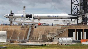 NASA LIVE Lansare istorică în spațiu: Elon Musk trimite doi astronauți pe orbită