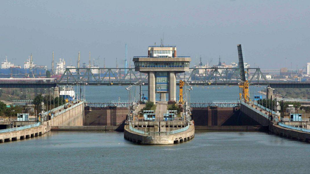 Peste 115 oameni au murit în doar câteva luni, în construcția Canalului Dunăre - Marea Neagră. Azi se fac 36 de ani de atunci