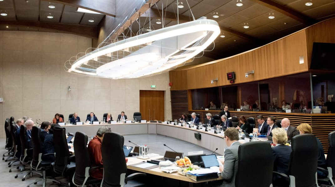 """Diplomat UE: """"Bugetul şi Fondul de relansare nu pot fi aprobate prin videoconferință!"""". UE vrea un summit cu prezență"""