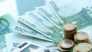 Din 59.000 care au aplicat, peste 1.400 au primit finanţare prin IMM Invest. Garanţii de 1 miliard de lei