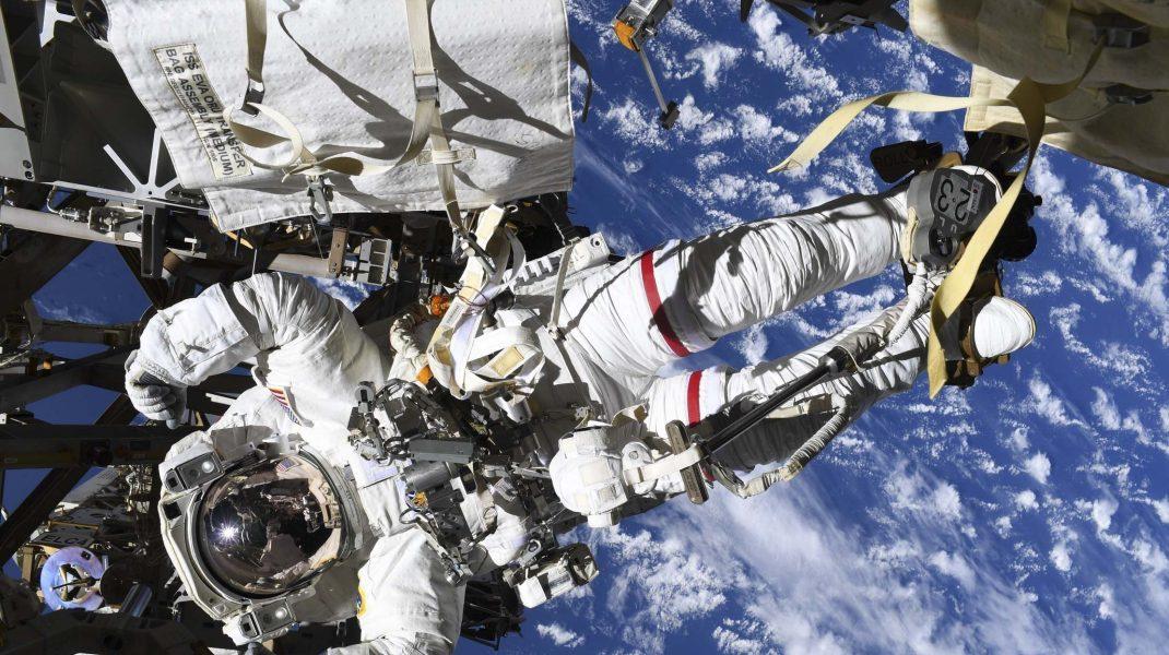 NASA îți oferă 35.000 de dolari dacă proiectezi o toaletă care poate fi folosită pe Lună