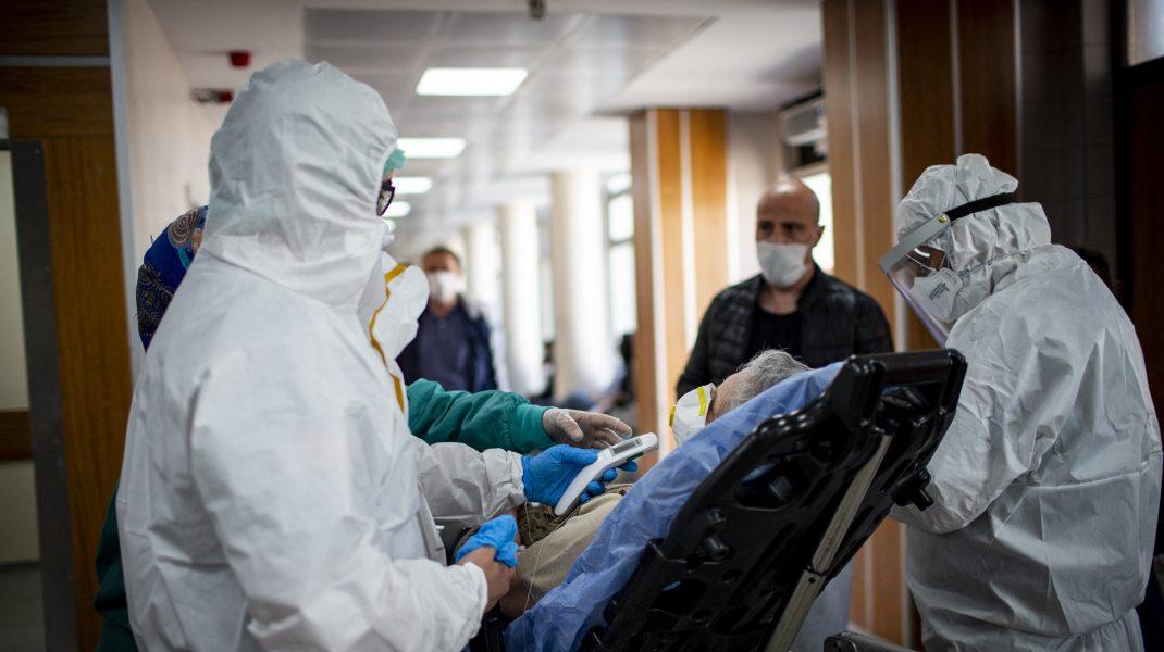 Cum a evoluat Covid-19 în România în luna iunie. Ce spun medicii
