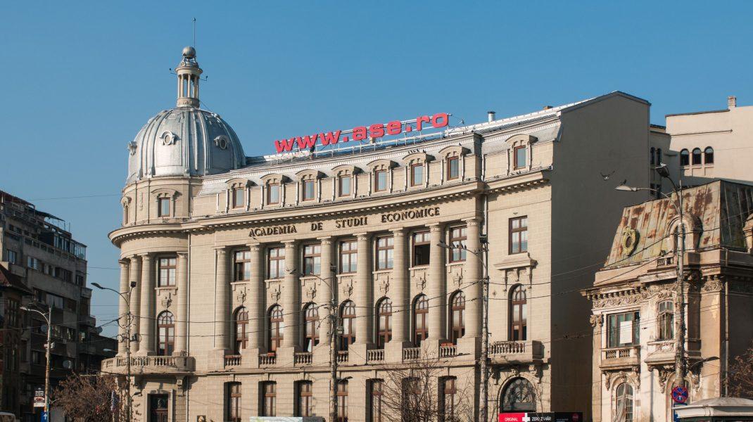 Clădirile Universității din București și ASE-ul, patrimoniu pentru Capitală. Ce buget acordă Guvernul Orban pentru reabilitarea lor