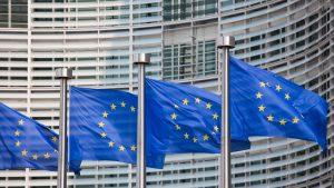 Comisia Europeană sprijină lupta contra dezinformării. Se vor înființa centre naționale de verificare a informațiilor