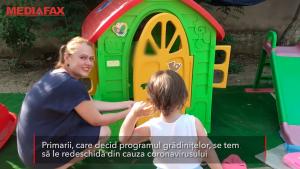Copiii nu mai au locuri în grădinițele de stat din cauza coronavirusului. Care ar putea fi soluția