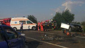 Accident grav în Ialomiţa. O persoană a murit şi alte trei sunt rănite