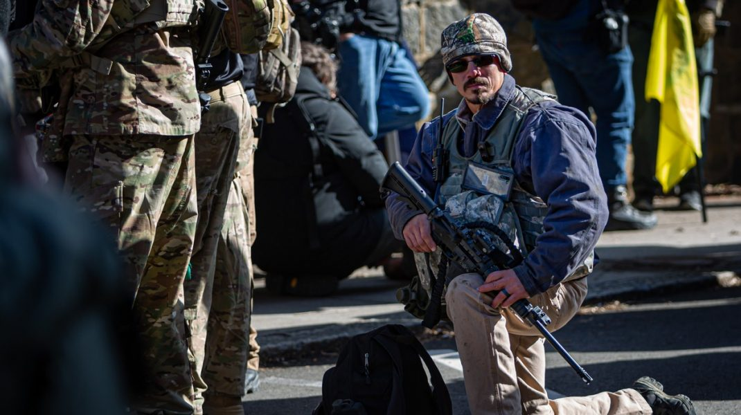 Mișcarea Boogaloo: de la glume pe internet la o adevărată acțiune armată în Statele Unite