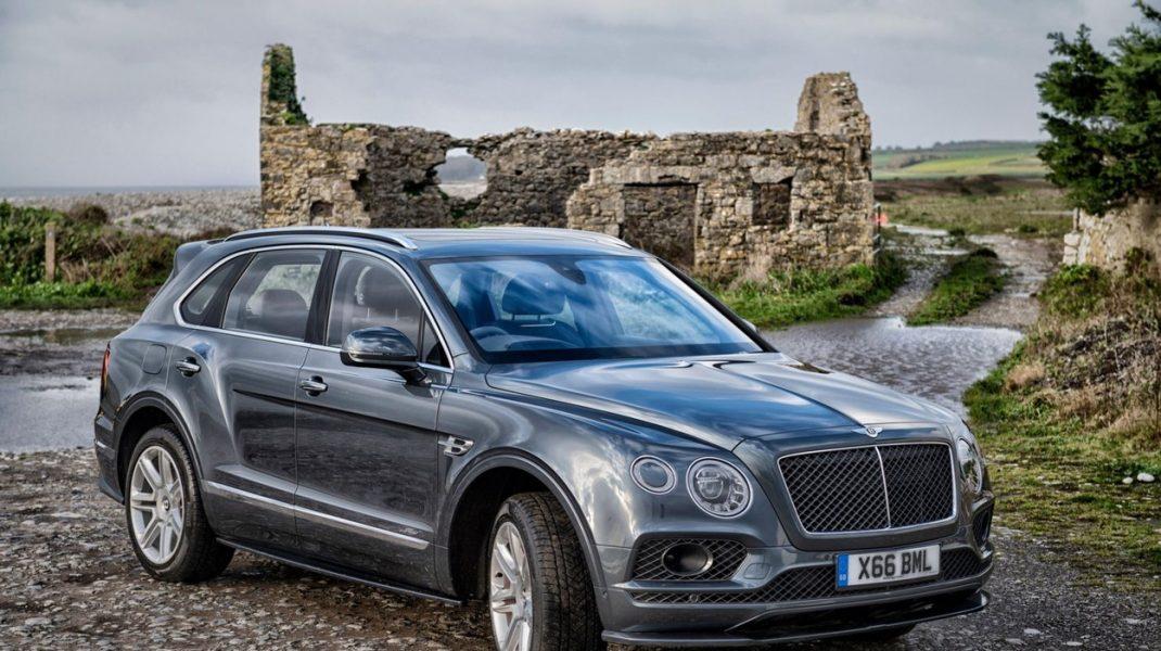 Bentley renunță la 1000 de angajați din cauza veniturilor scăzute. Ce ajutor le oferă compania celor care pleacă din propria inițiativă