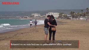 Guvernul britanic le interzice cetățenilor să facă sex cu persoane din afara locuinței