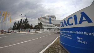 1100 de angajaţi de la Dacia, din nou în şomaj tehnic. Lipsa comenzilor afectează locul de muncă al oamenilor