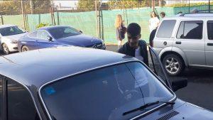 Fără studii în Anglia, dar cu Dacia 1300 în parcare: alegerea făcută de Mihnea, tânărul admis la 5 facultăți din UK