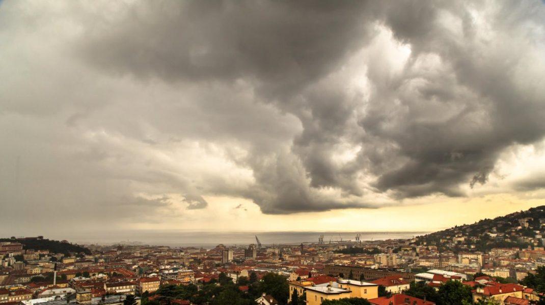 Vremea în București, în perioada 10 - 12 iunie. Scade temperatura cu maxim 4 grade