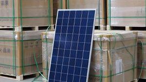 """Programul """"Casa verde"""", în blocaj. Instalatorii de panouri fotovoltaice au pierderi de sute de mii de euro"""