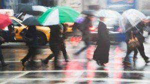 METEO Ploi torenţiale şi vijelii în mai multe regiuni din ţară, până luni, ora 23. Anunţul meteorologilor