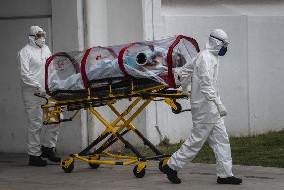 Focar extins de coronavirus într-un oraș din Germania: 100 de români confirmați