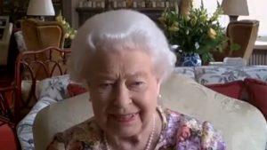 Apariție inedită a Reginei Elisabeta a II-a, la 94 de ani. Uite-o pentru prima dată într-o videoconferință publică