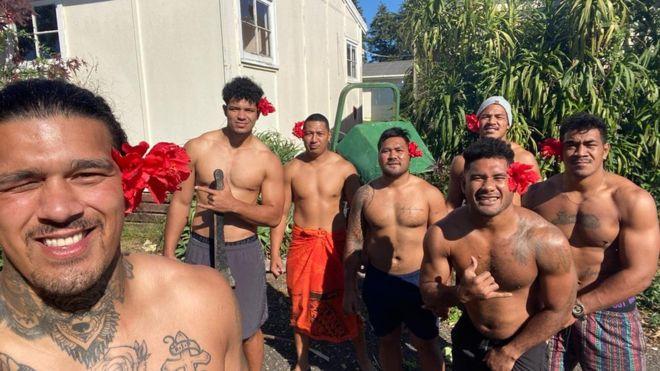 O echipă profesionistă de rugby din Samoa a avut nevoie de 104 zile pentru a se întoarce acasă. Cum au trăit jucătorii experiența incredibilă