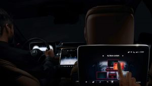Uite cum arată maşina cu 5 display-uri cu touchscreen. Are mai multe sisteme inteligente şi senzori ca niciodată.VIDEO