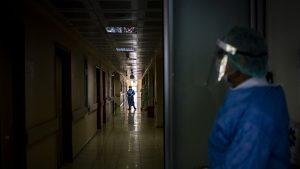 Scenariu de necrezut la Galaţi: Anchete epidemiologice pentru mai mult de o sută de infectări, pe umerii unui singur om