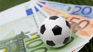Pandemia de COVID-19 lovește și în salariile fotbaliștilor de la Gaz Metan Mediaș. 8 jucători pleacă