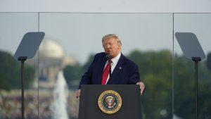 """Trump trăiește într-o lume paralelă cu realitatea din America: """"99% dintre cazurile de COVID-19 sunt inofensive"""""""