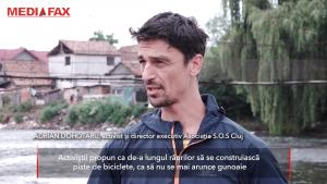 O asociație din Cluj curăță mizeria de pe Someș și-i implică și pe localnici