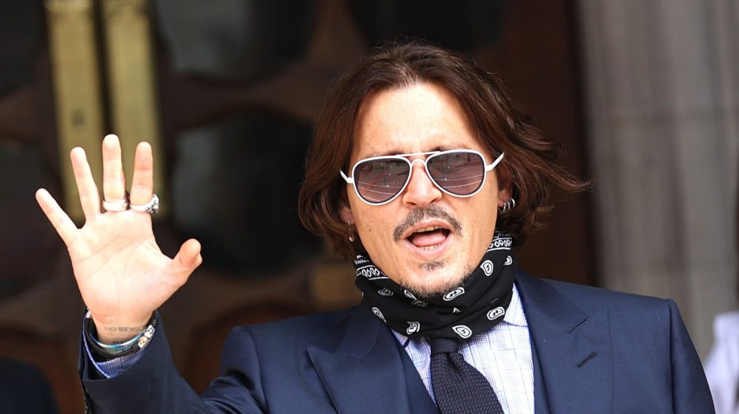 """Johnny Depp și-a luat bătaie de la nevastă, în 2016, pentru că a pierdut 650 de milioane de dolari. """"Mi-a dat lovitura decisivă"""""""