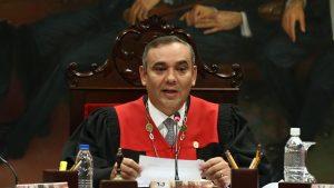 SUA oferă 5 milioane de dolari recompensă pentru arestarea judecătorului șef al Venezuelei. De ce este acuzat