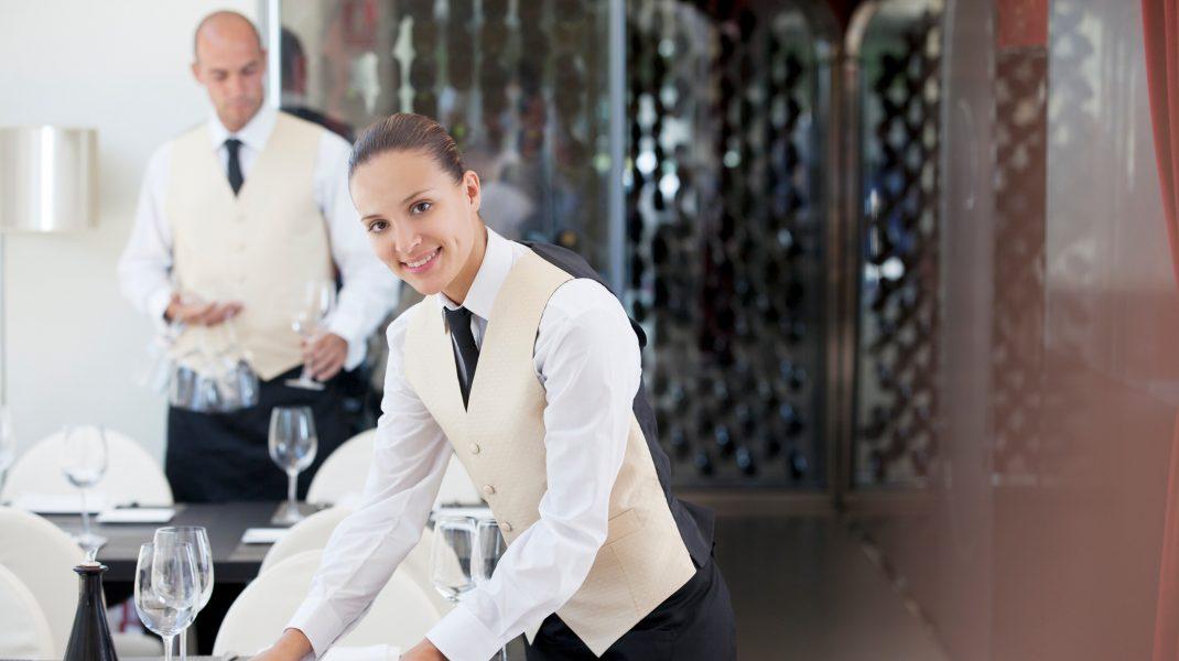 SURSE: Restaurantele se redeschid pe 9 iulie. Regulile de organizare vor fi făcute publice ulterior