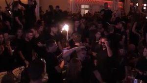 Nopți albe în zone roșii: România e pe valul petrecerilor în plină creștere a cazurilor de Covid-19
