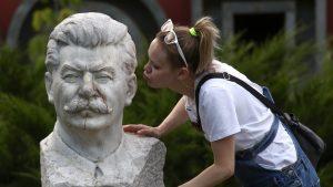Curiozităţi istorice, 28 iulie: Stalin şi Putin s-au însurat în aceeaşi zi