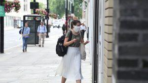 Al doilea val de coronavirus ar putea omorî 120.000 de oameni în Regatul Unit, în iarnă