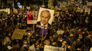 Benjamin Netanyahu este acuzat că a manipulat criza Covid-19