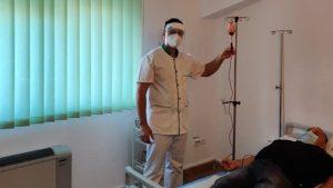 O nouă tehnică modernă pentru pacienţii cu Covid-19. Vor fi trataţi prin ozonoterapie