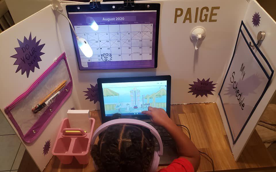 Inspirație pentru părinți. Uite cum a amenajat o mamă spațiul perfect pentru homeschooling
