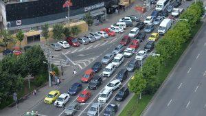 Află cum să scapi de nervi în trafic. Uite cum îți descarci adrenalina