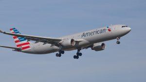 Concedieri în masă la American Airlines: 19.000 de angajați pleacă din octombrie