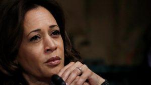 Biden a ales o femeie de culoare pentru cursa către Casa Albă. Cine este Kamala Harris