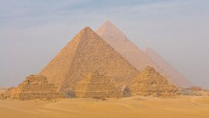 Reacția Egiptului după ce Musk a scris că piramidele au fost construite de extratereștri