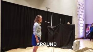 O femeie din Minnesota a intrat în Cartea Recordurilor pentru 56 de cuvinte rostite invers într-un minut