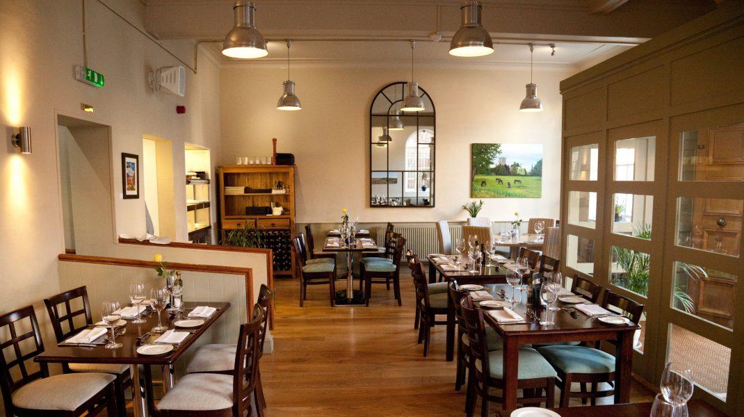 """Restaurantele se redeschid pe 1 septembrie, """"cel mai probabil"""". Când va fi luată o decizie clară"""