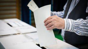 Alegerile prezidențiale din America au loc pe 3 noiembrie. Ce îi îngrijorează pe oficialii de la Casa Albă