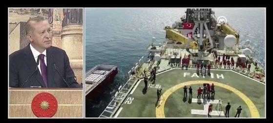 Turcii se vor folosi opt ani de zăcămintele de gaz descoperite recent în Marea Neagră