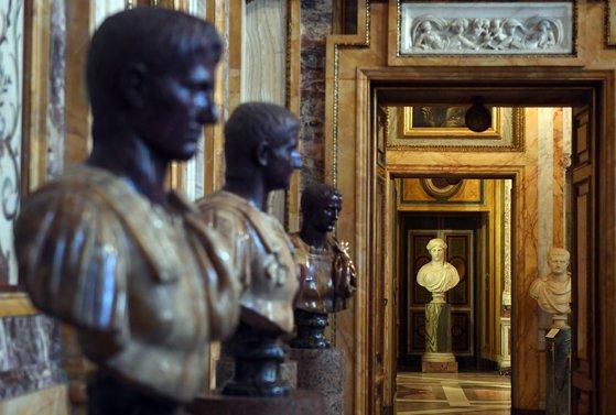Împăraţii Romei, aduşi la viaţă de un specialist în VR. Uite cum arată chipurile 3D