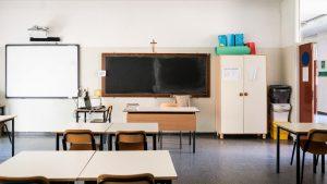 Italia se pregătește de redeschiderea școlilor cu... ferăstrăul
