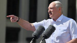 Va avea Lukashenko soarta lui Ceaușescu? Legătura dintre căderea comunismului în România și viitorul Belarusului