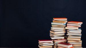 """Primarul din Urziceni a interzis o librărie ambulantă pe motiv că are """"deja librării în oraș"""""""